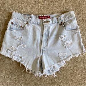 Light Washed Levi's 550s High Waisted Shorts